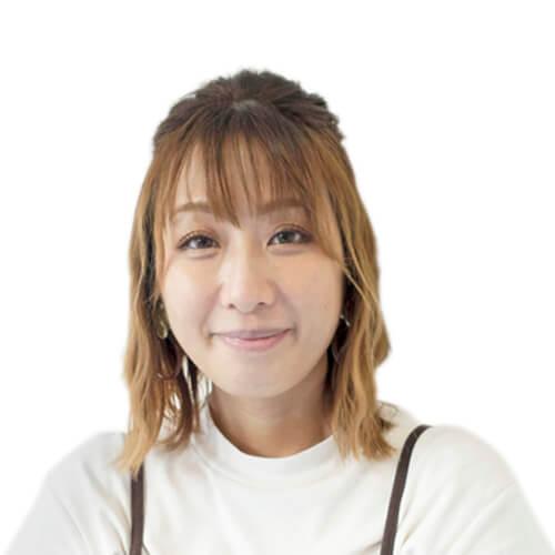 Miss Julie, UK – Senior Native English Teacher